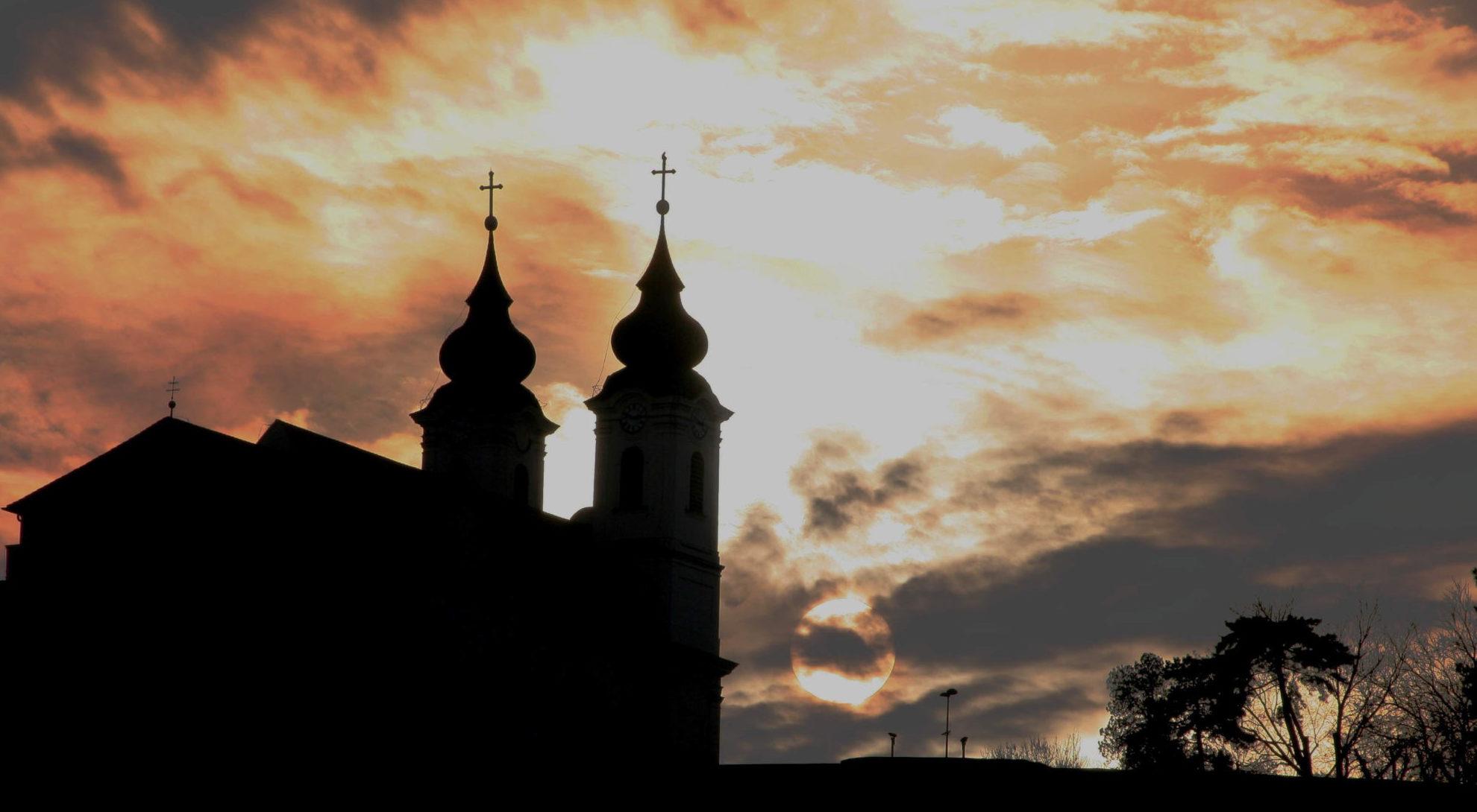 A Tihanyi Apátság és a Balaton / Fotó: Dr. Korzenszky Richárd atya