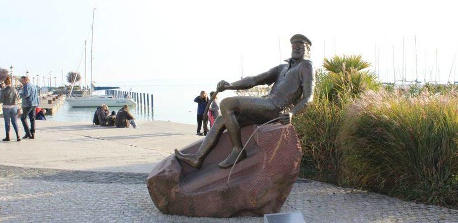 A balatonfüredi Bujtor szobor / Fotó: Szauer Annamária, veol.hu